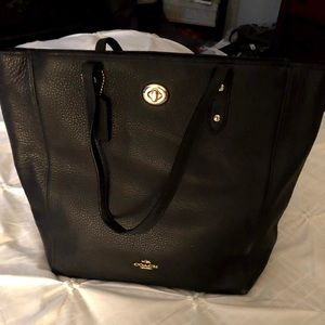 Beautiful COACH Leather Town Tote Bag